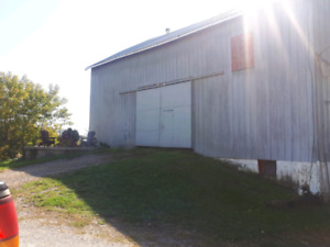6 stall barn for rent with indoor and outdoor arenas