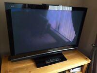 """42"""" Plasma Panasonic Viera HD TV"""