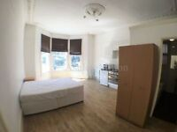 1 bedroom flat in Fordwych Road, London, NW2