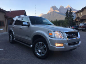 **SOLD** 2006 Ford Explorer Limited SUV | MINT CONDITION