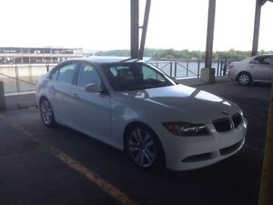 2006 BMW 3-Series 325i Sport Package, winter tires/pneus d'hiver
