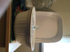 Corningware French white casserole set