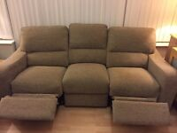 Immaculate 3 seater recliner sofa