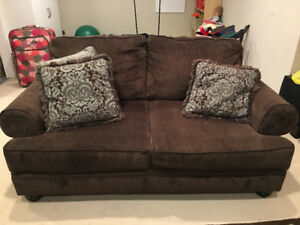 2 Love seats and matching carpet for sale