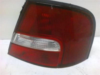 Passenger Tail Light Quarter Panel Mounted Fits 00-01 ALTIMA 106902