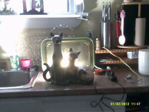 1950's ceramic cats lamp