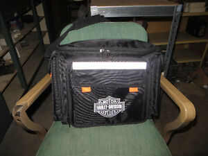 Harley Picnic carry-on bag