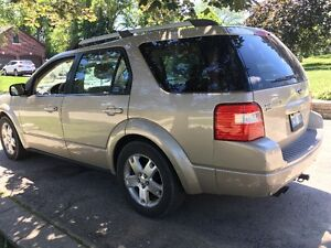 2005 Ford FreeStyle/Taurus X limited Minivan, Van