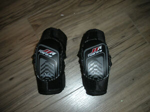Hockey Elbow Pads - Size Small