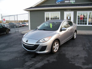 2010 Mazda3 94,000 km LOADED AND INSPECTED