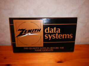 Horloge Zenith Data Systems