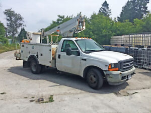 2001 Ford F450 Altec AT200 Bucket Truck - Priced to SELL!