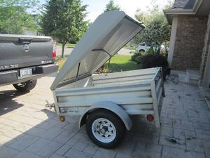 Stirling 4x5 covered utility trailer