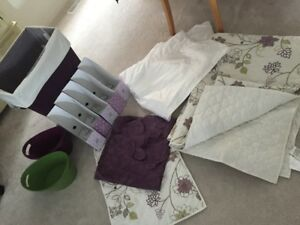 Twin Reversible Quilt Set with matching accessories