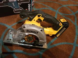 Dewalt Skill Saw w/ Battery $170