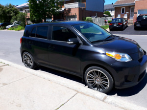 Toyota Scion xD 2011 à vendre / for sale