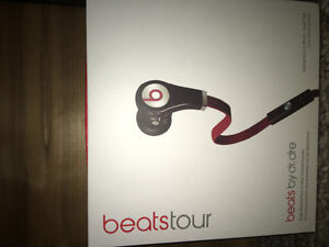 BRAND NEW BEATS TOUR- NEVER USED
