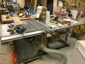 """Delta 10"""" Commercial Cabinet Table Saw"""