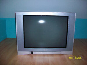 Toshiba 24in flat front TV