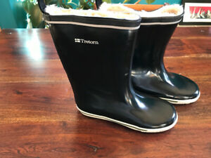 Tretorn lined rubber boots