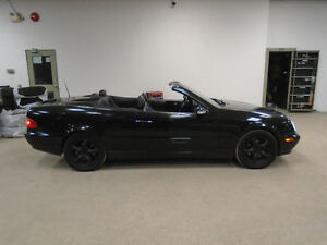 2001 MERCEDES CLK320 CONVERTIBLE! BLACK ON BLACK! ONLY $8,900!