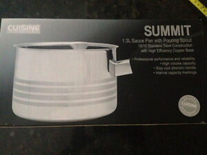 NEW SUMMIT 1.3L Sauce Pan with Pouring Spout Kitchener / Waterloo Kitchener Area image 2