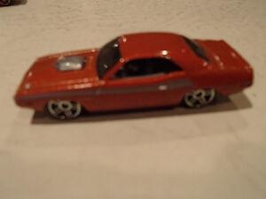 Hot Wheels 1970 Dodge Challenger Loose 1:64 scale diecast car. Sarnia Sarnia Area image 5