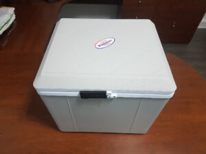 Portable  Electric Cooler & Heater Koolatron P27