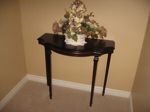 ACCENT TABLE BY BOMBAY