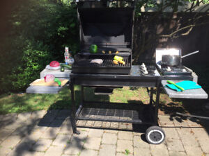 WEBER Genesis Natural Gas BBQ - Excellent Condition - $275 or BO