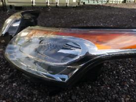 Citroën C3 Picasso headlights