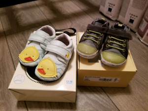 Baby soft sole shoes eu19