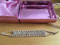 Teddy byoux brand new gold effect diamanté bracelet ideal gift