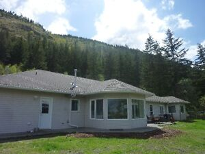 ROOMATE FOR CLOSE IN ACREAGE