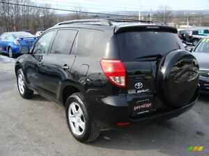 Toyota RAV4 4WD Very Low km!!! Excellent Condition!!! Safetied!!