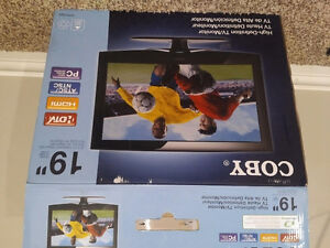 """Coby 19"""" High Definition TV"""