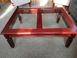Large coffee table and 2 end tables