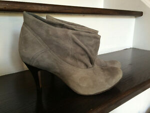 Aldo Suede Grey Ankle Boots, Size 6.5