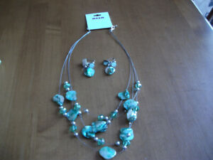Alia   necklace  and    earrings