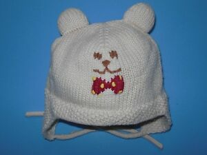 Great quality lined knitted hat size 0-12 months