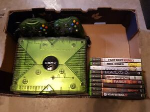 Limited edition Original XBOX Translucent green HALO.
