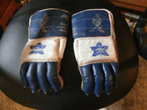 Vintage Maple Leafs hockey gloves for sale