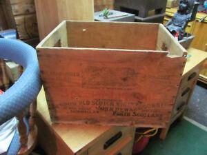 caisse bois scotch whiskey wood crate liquor montreal vintage