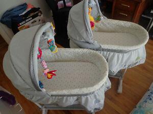 deux berceau bébé