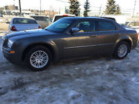 2008 Chrysler 300Touring low km inspected clean finance availabl