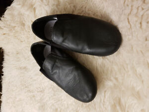 Jazz/dance shoes size 12