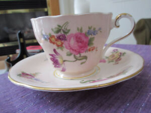 Stunning Aynsley Cup & Saucer - Pink with rose florals