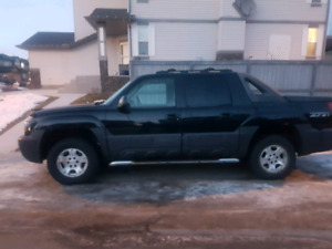 2004 Chevrolet Avalanche Fully Loaded