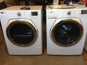 Whirl Pool Front loading washer and dryer with pedestals