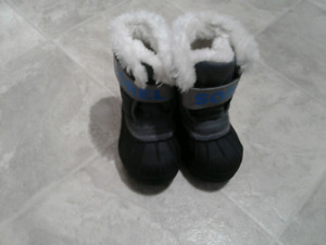 Brand new toddler boys size 6 sorrell winter boots